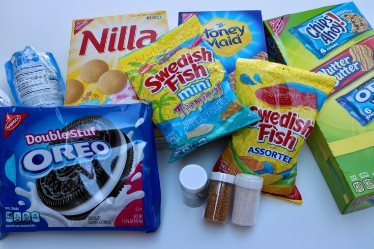 Just a few of the NABISCO products you can get to enter the NABISCO Snack 'N Share Sweepstakes